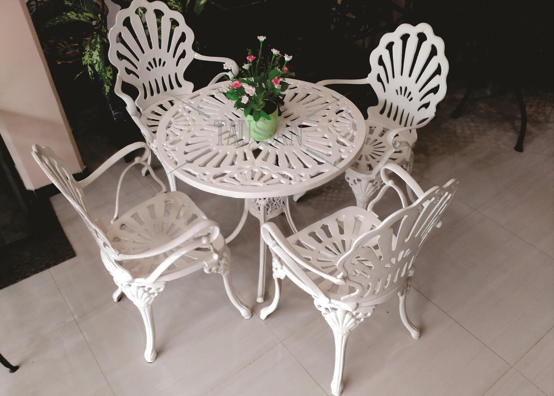 Furniture 4 - KS.KP - lampu-gantung-surakarta